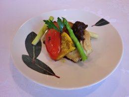 白身魚のソテーごぼうバルサミコソース